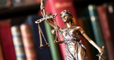20191112100942-justice-1